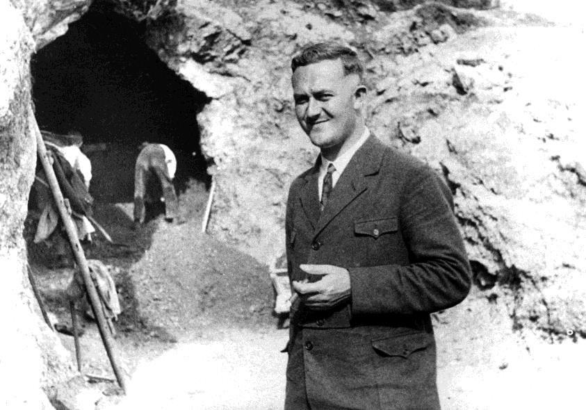 Prof. Gustav Riek in front of Vogelherd Cave during excavations in the summer of 1931. Photo: Copyright University of Tübingen.
