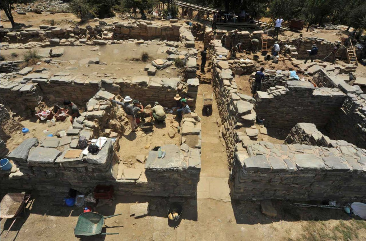 Excavations at Zominthos.