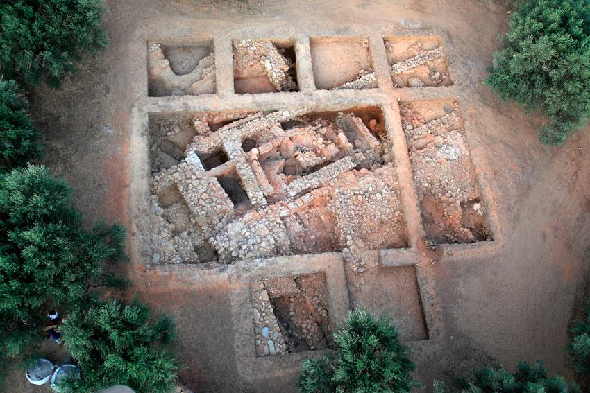 Aghios Vassilios of Xirokambi: «Building A» (excavation season 2011).