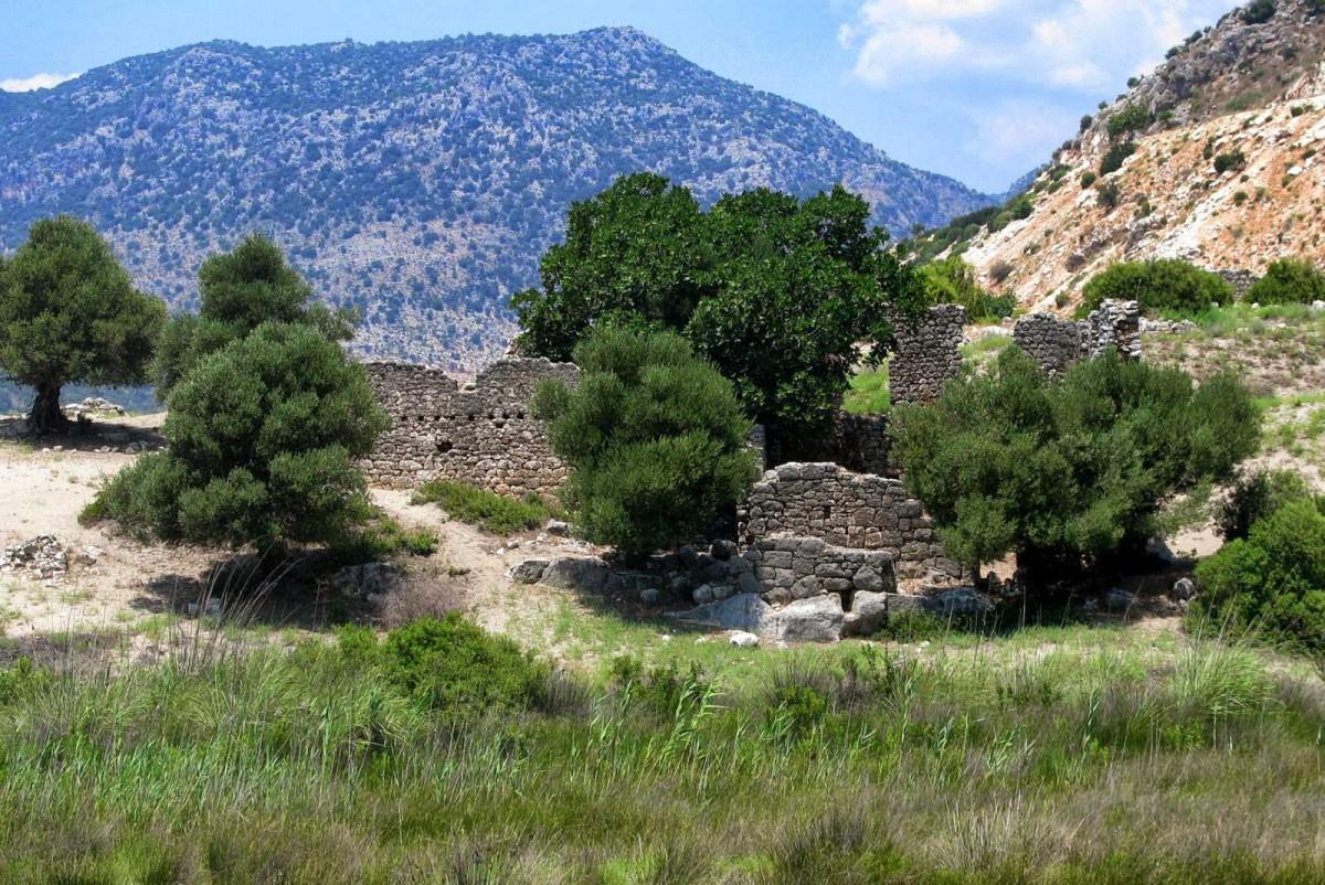Ruins in Andriake [Credit: WikiCommons].