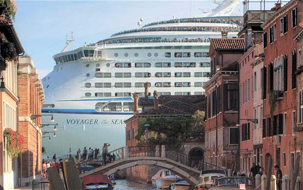 Cruise tourism has become one of the most significant threats to Venice in recent years as visitors flock to the city while locals move out. © The Art Newspaper.