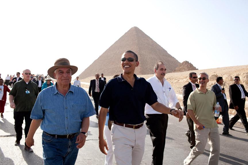 Zahi Hawass showing President Obama around the Pyramids of Giza.