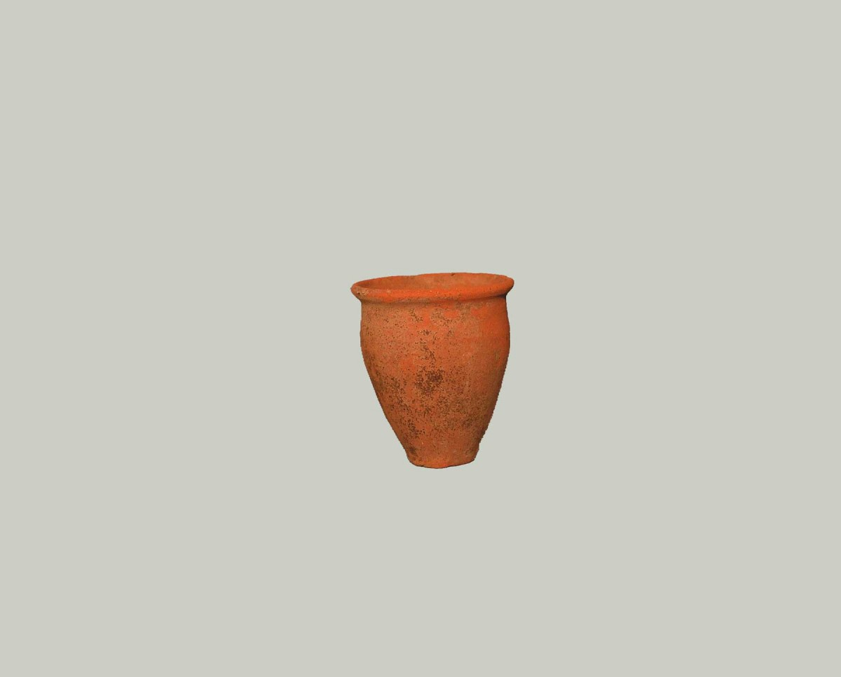 Fig. 6. Small cup (© Archaeological Museum of Arta).