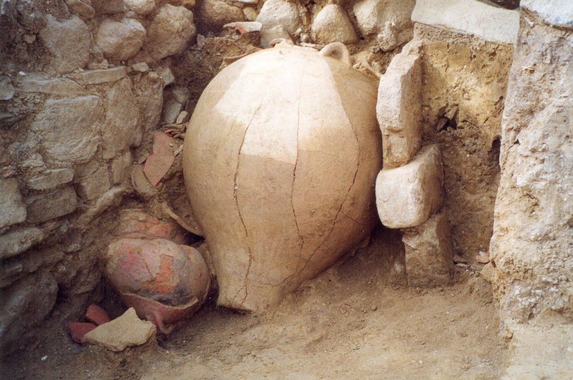 Fig. 17. Large storage pithos of the Middle Bronze Age, in situ (Trench 5, Room IV).