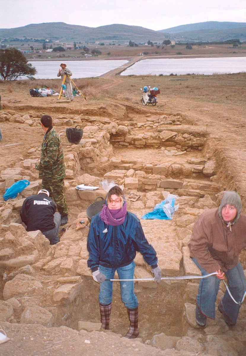 Fig. 50. Snapshot of the excavation at Trench 9 (2005).
