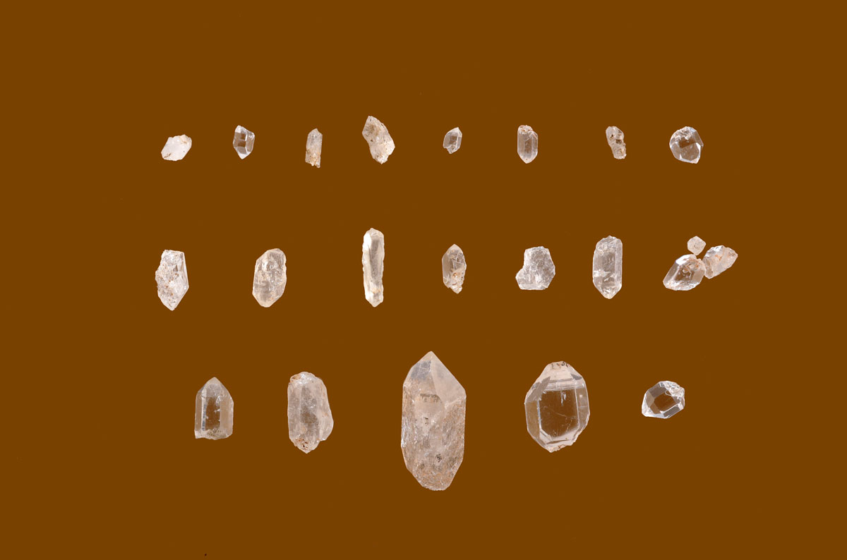 Fig. 14. Quartz and rock crystals found in a storey of Room 15.