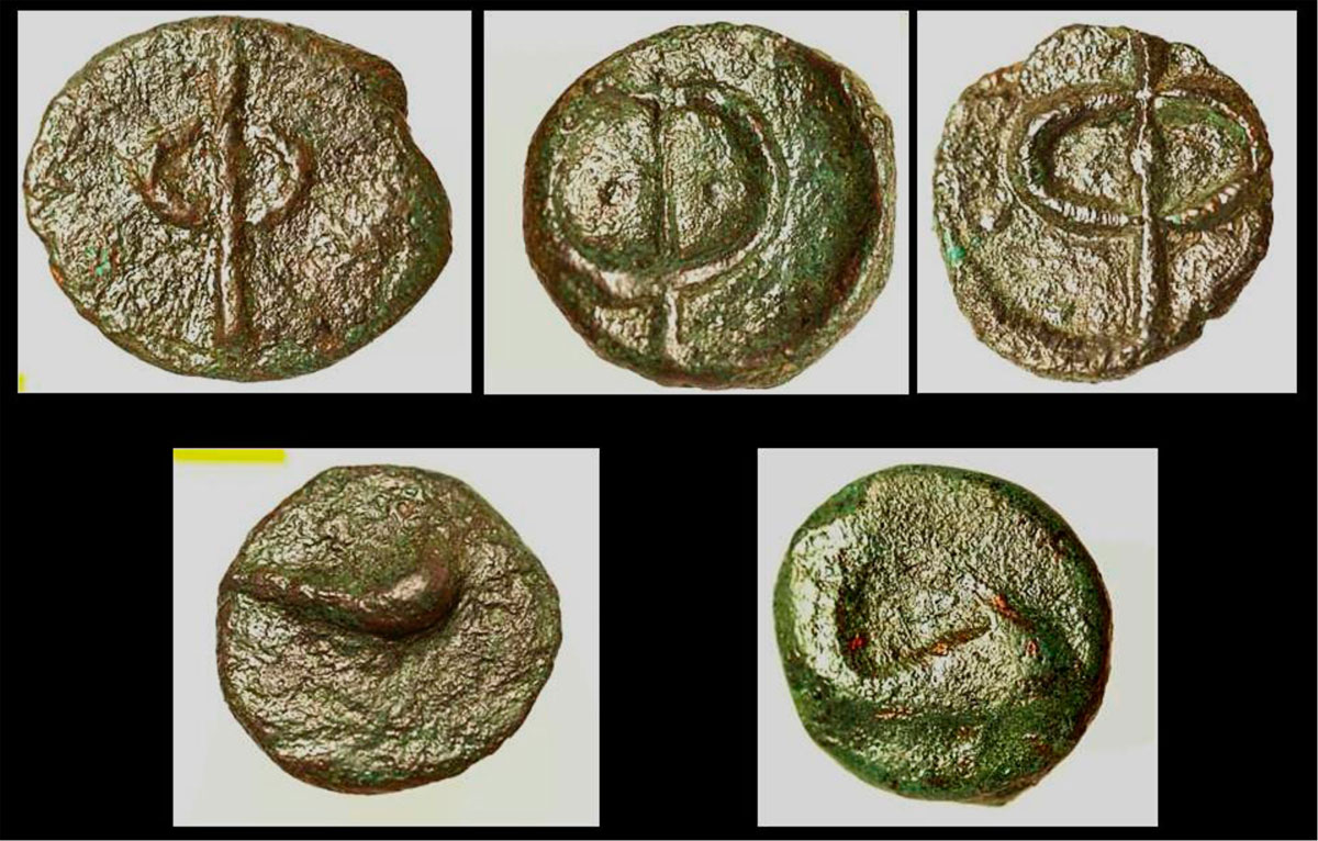 Fig. 45. Coins from Phalasarna. On Antikythera, 2/3 of more than 150 ancient coins that have been found in total, originate from the city of Phalasarna and mainly belong to the type with the letter Φ on one side and the dolphin on the other.