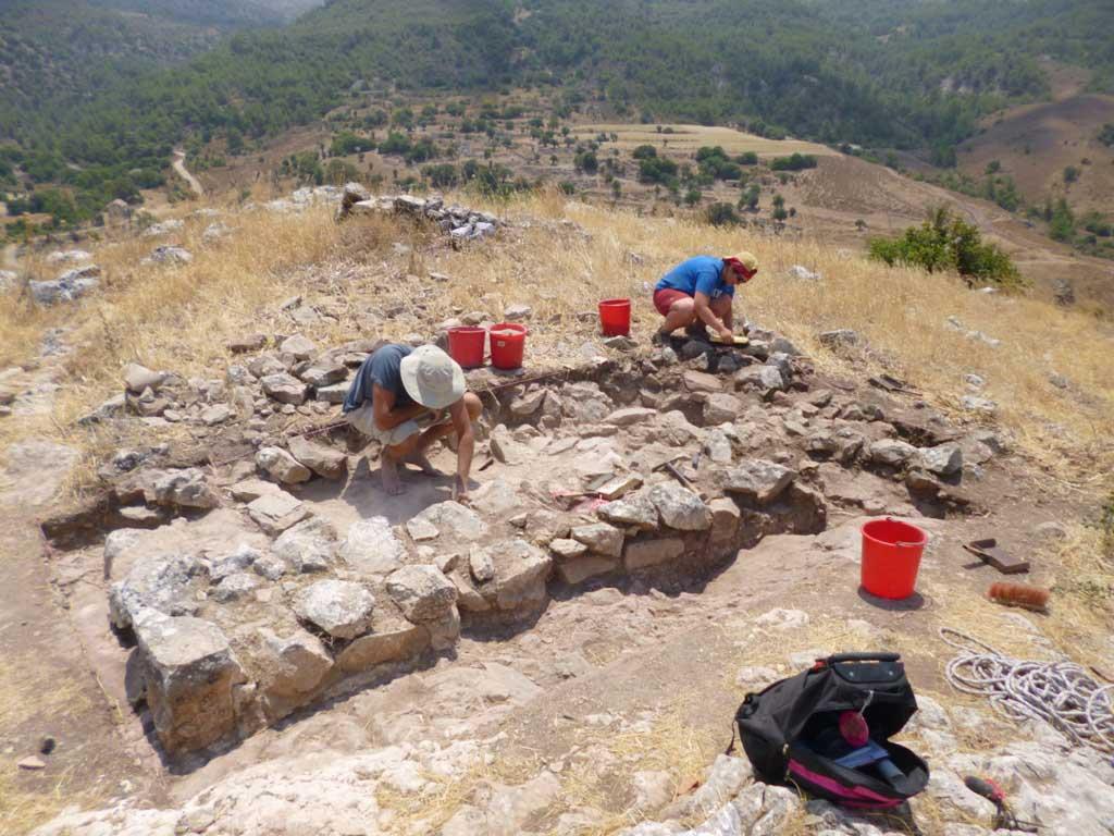 View of the excavations at Prastio-Mesorotsos.