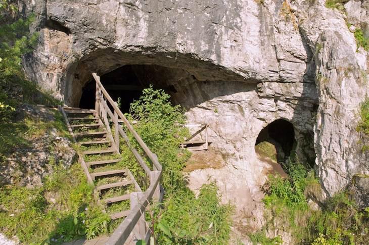 The Denisova Cave in Siberia. Photo: Bence Viola.