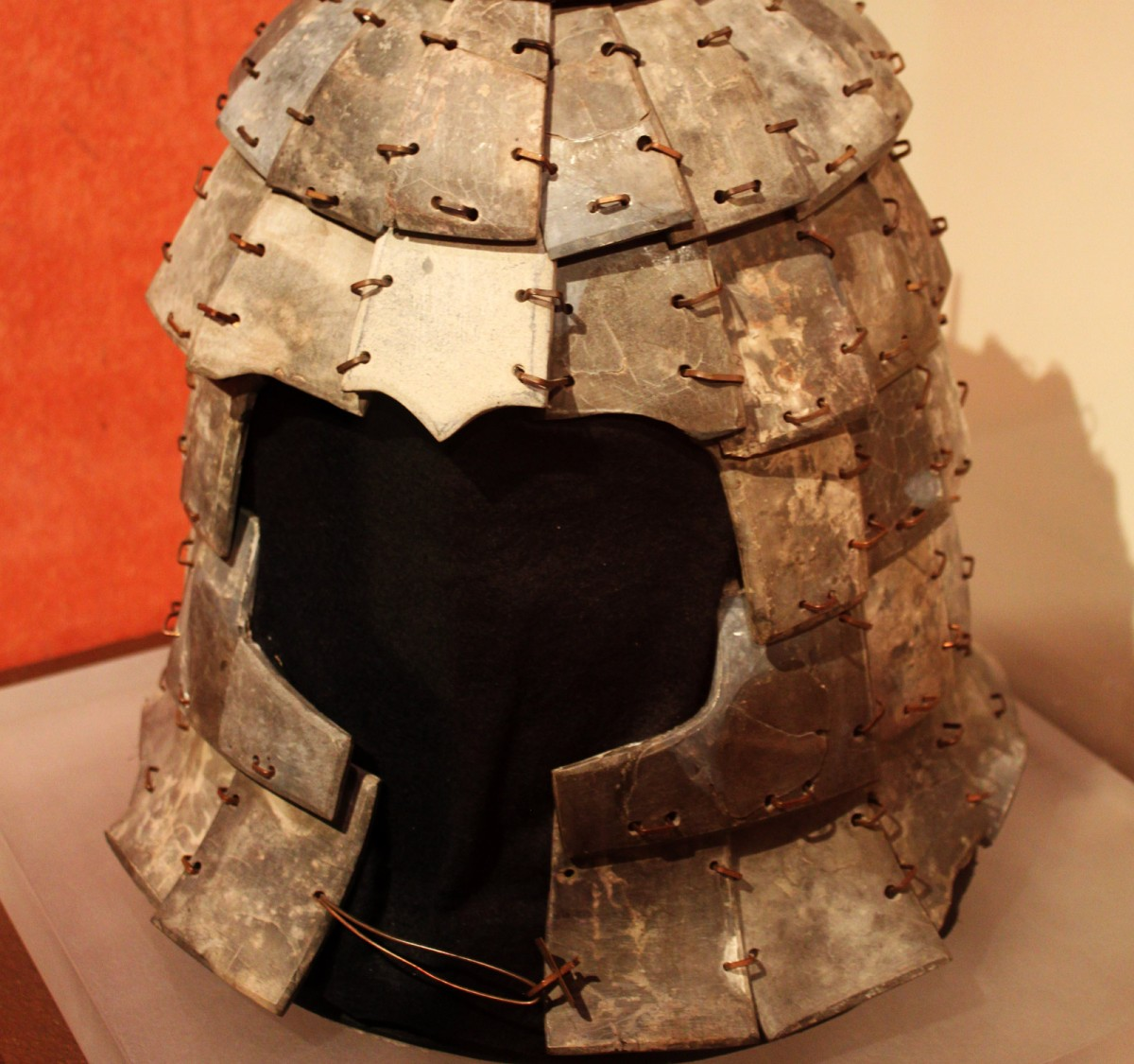 Helmet. Qin dynasty (221-206 BC). Limestone. Excavated in 1998 from Pit K9801. Photo: Flickr.