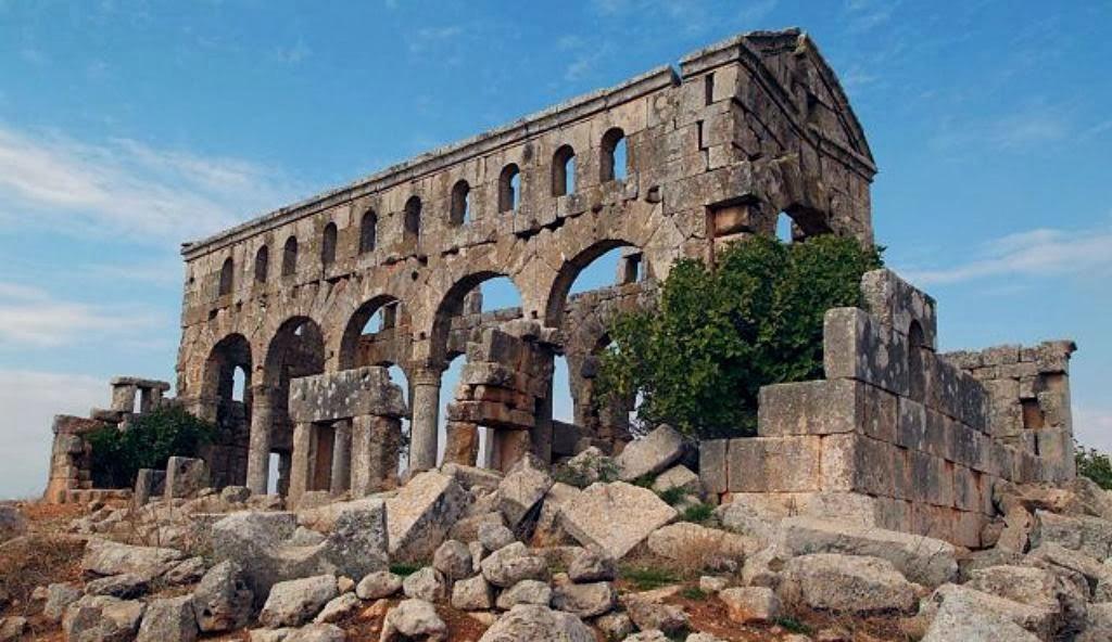 Kharab al-Shams Basilica, 4th century AD, Syria. Image: Wikimedia Commons.