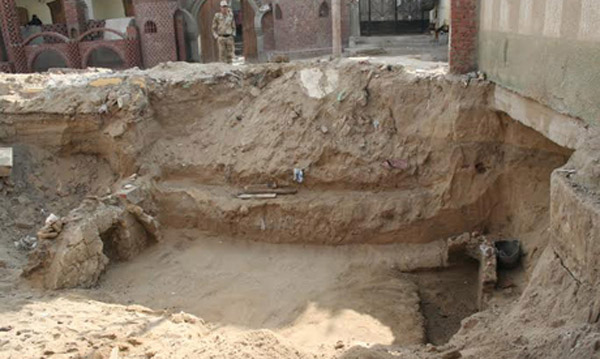A newly discovered tomb  of Greco-Roman date in Qantara East, Egypt. Photo: Ahram Online.
