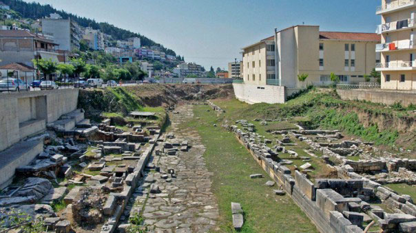The Western cemetery of Ambracia. (Photo credit: 33rd EPCA)