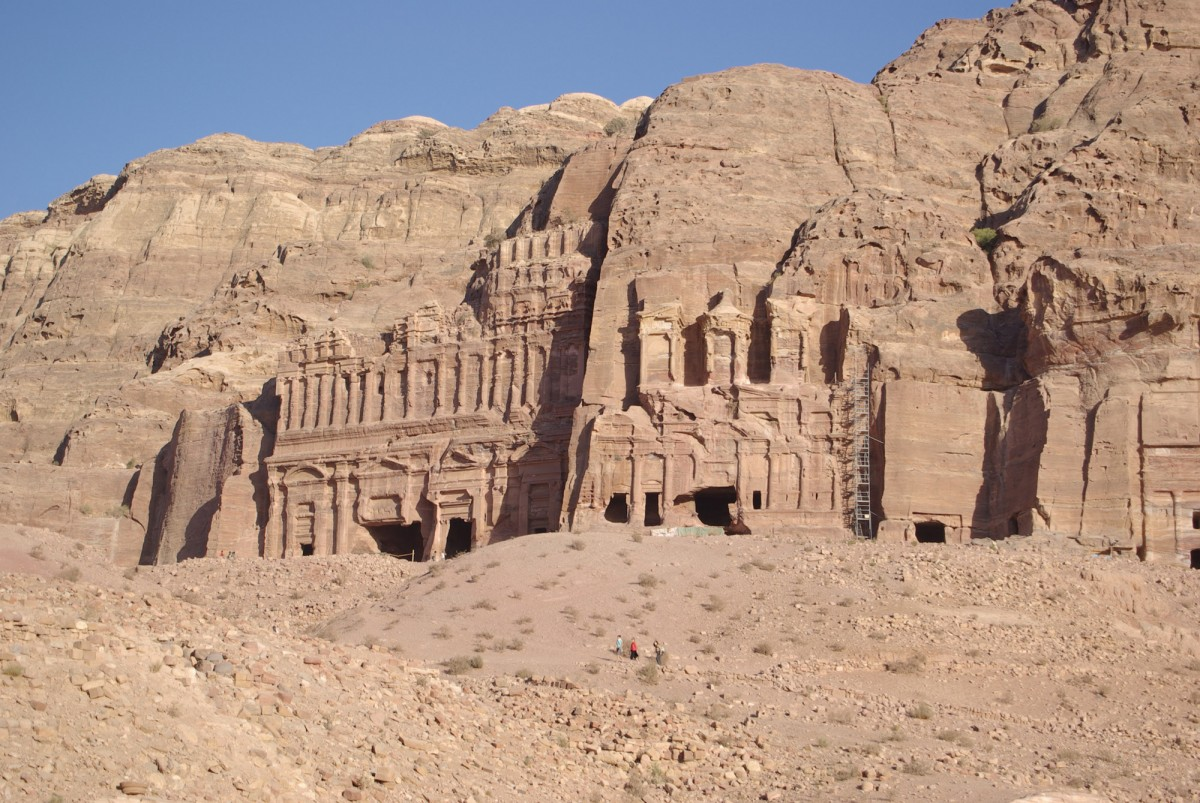 View of the monumental rock-cut edifices at Petra, Jordan. Photo: Shalom Israel Tours website.