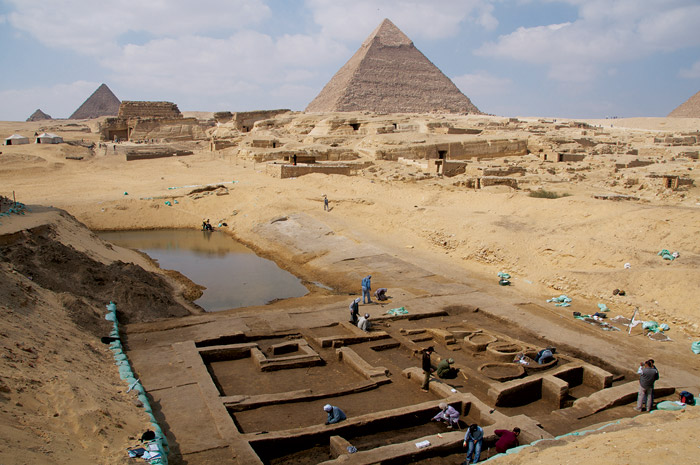 The Pyramids of Giza with a newly discovered basin (presumably part of an ancient harbour) in the foreground. Photo: LiveScience.