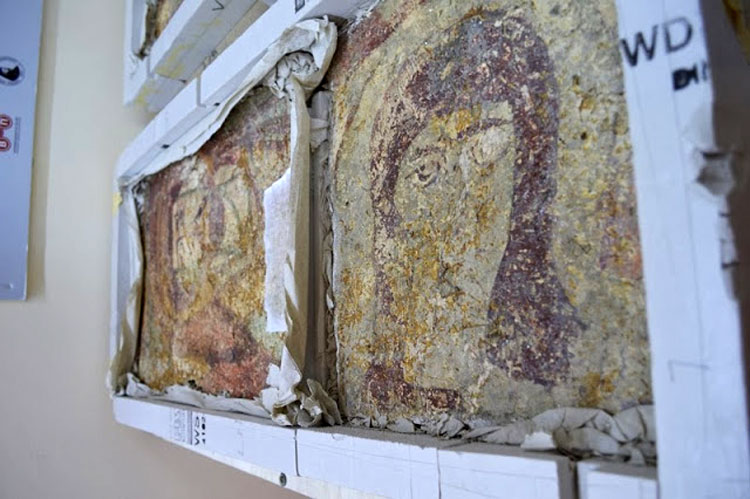 Fig. 7. Two fragments of wall paintings from the church of St Solomone in Koma tou Gialou, Karpasia, 9th century.