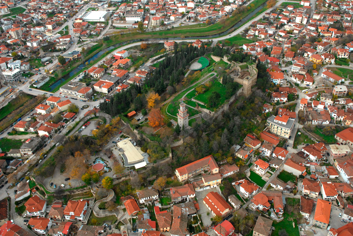 Fig. 4. Aerial photograph of castle of Trikala. Source: 19th EBA archives.