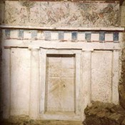 The Tomb of Philip in Vergina: Which Pihlip?