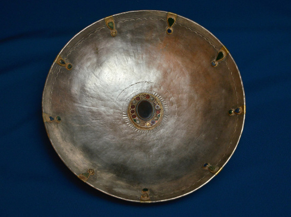 Stone-inset silver bowl. Roman. Late Antiquity, Rhineland-Palatinate, Germany.