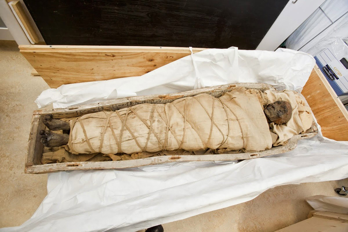 Mummy of a woman. Provenance: Luxor. Greco-Roman period, Redpath Museum at McGill University in Montreal. Photo: Live Science.