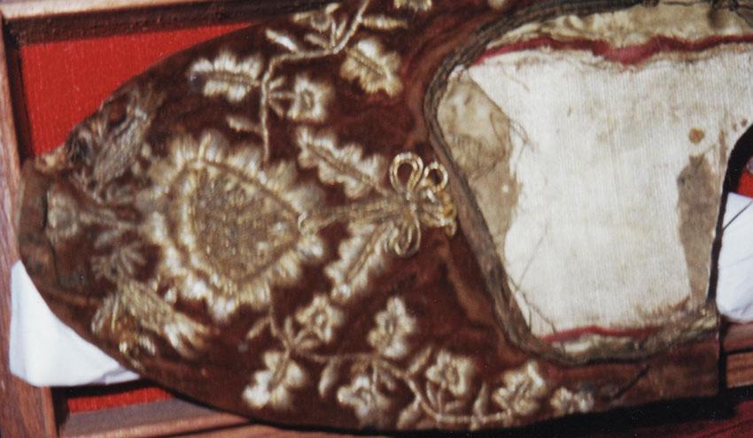 Fig. 3. Older slipper of St Dionysius. (photo: Chr. Karydis)