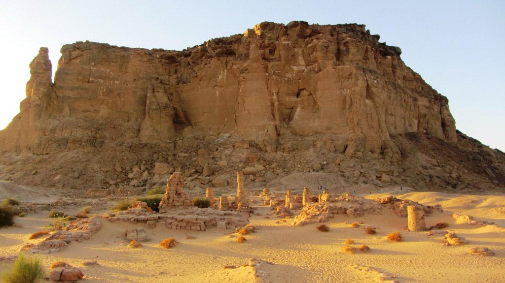 Jebel Barkal, North Sudan. Photo: http://myafricansojourn.blogspot.gr/