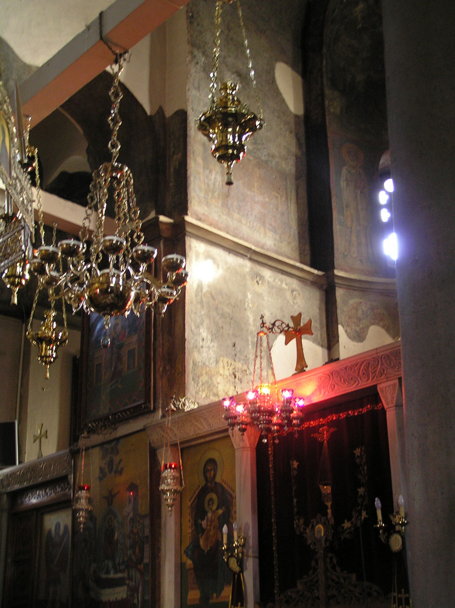 Fig. 8. The light on the wall paintings of the north side of the sanctuary apse (December, at 10:10).