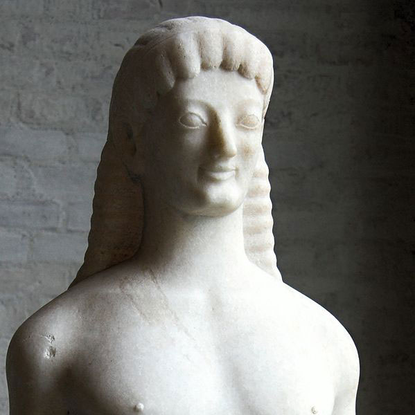 Kouros of Tenea, marble, 560-550 BC. Found in the cemetery of the ancient city Tene (near Athikion, between Corinth and Mycenae) in the Peloponnese. Glyptothek Munich, Inv. N. 168.