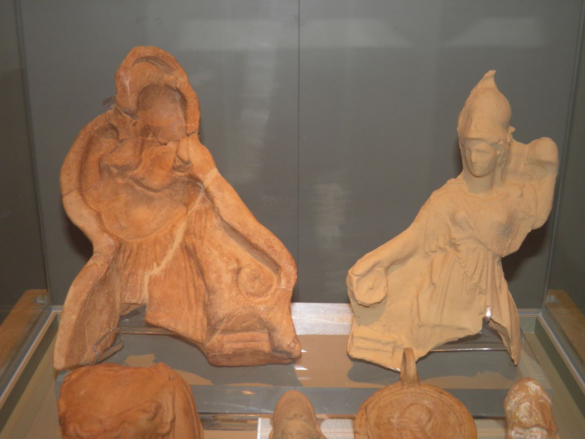 Clay mould of Athena Chalinitis, late Classical period. Archaeological Museum of Arta (credit: 33rd EPCA)