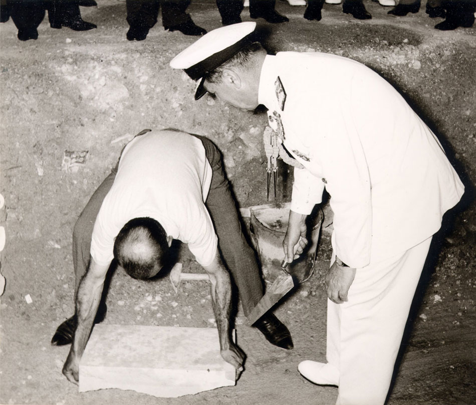 Fig. 6. The foundation ceremony took place in June 17th, 1966. In the photo Admiral Pyrros Lapas places the foundation stone of the Museum.