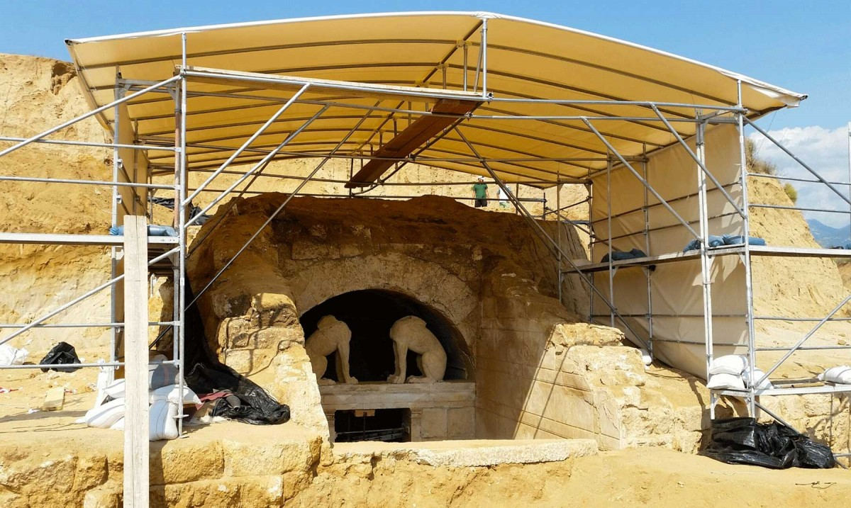The Amphipolis tomb entrance has received a protective roof.