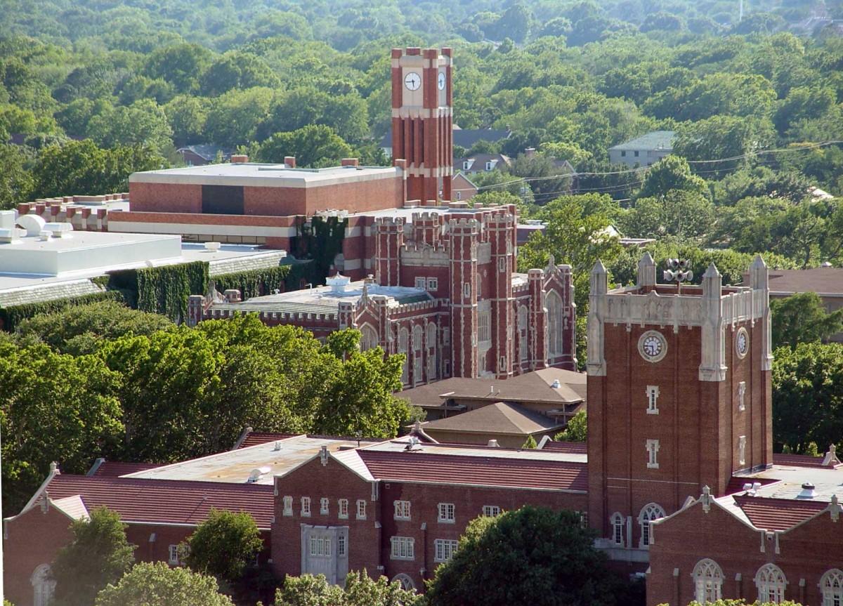 Aerial view of several Oklahoma University buildings.