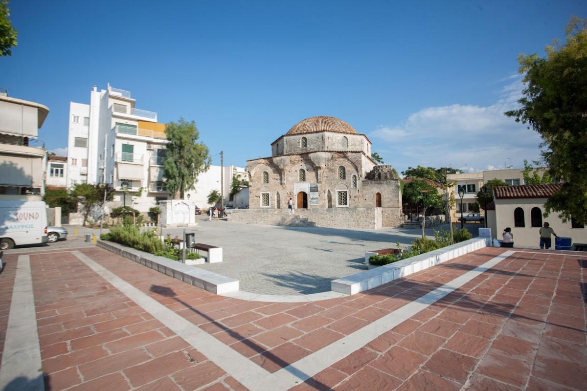 Τέμενος Εμίρ Ζαδέ