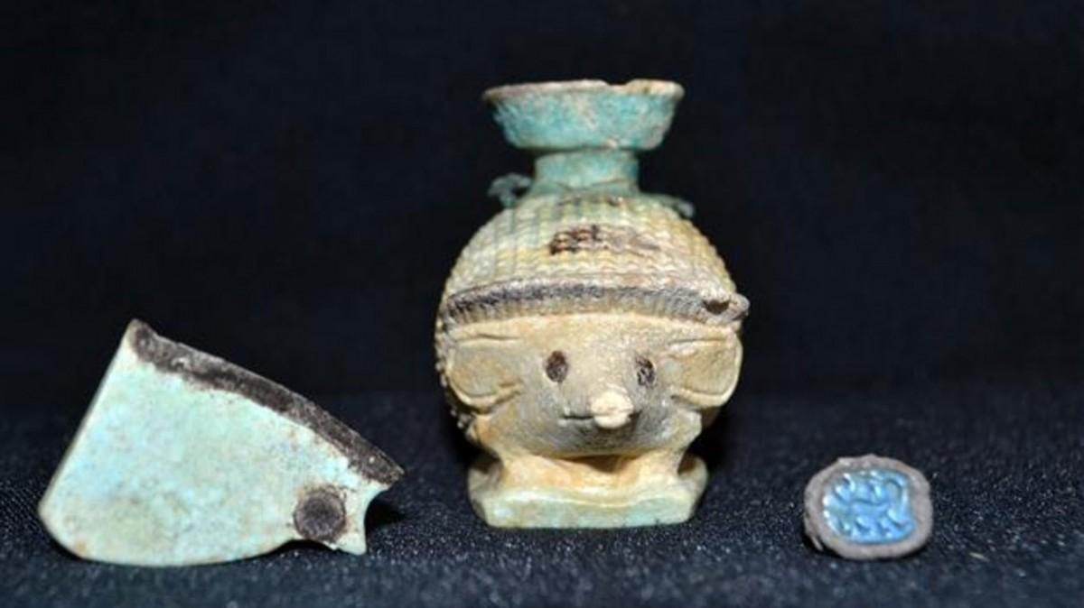 Artefacts from the Mycenaean era found at Halicarnassos (Credit: Hürriyet, AA Photo).