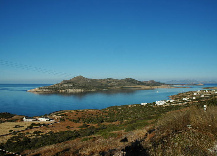The islet of Despotico as seen from Antiparos. (Source: archaeological.org)