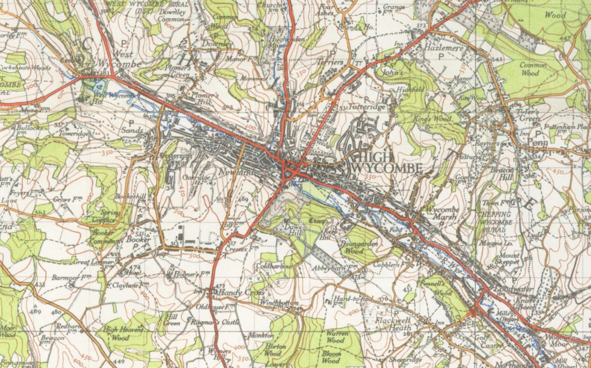 A 1945 map depicting the river Thames.