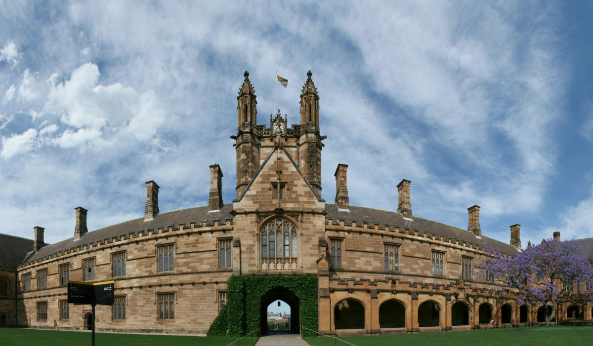 Sydney University Main Quandrangle panorama. (Photo by Toby Hudson)
