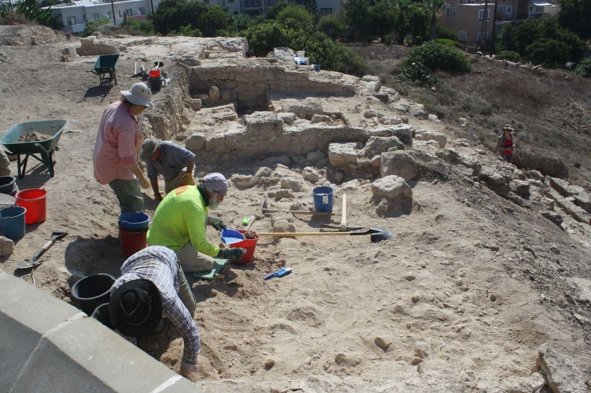 Nea Paphos: Archaeologists at work.