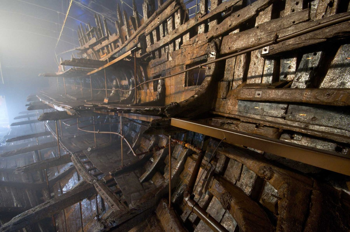 The hull of Mary Rose.