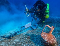 Antikythera shipwreck revisited