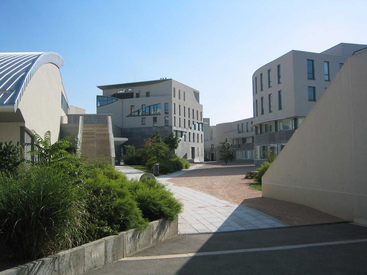ENS Lyon: René Descartes Campus - Humanities.