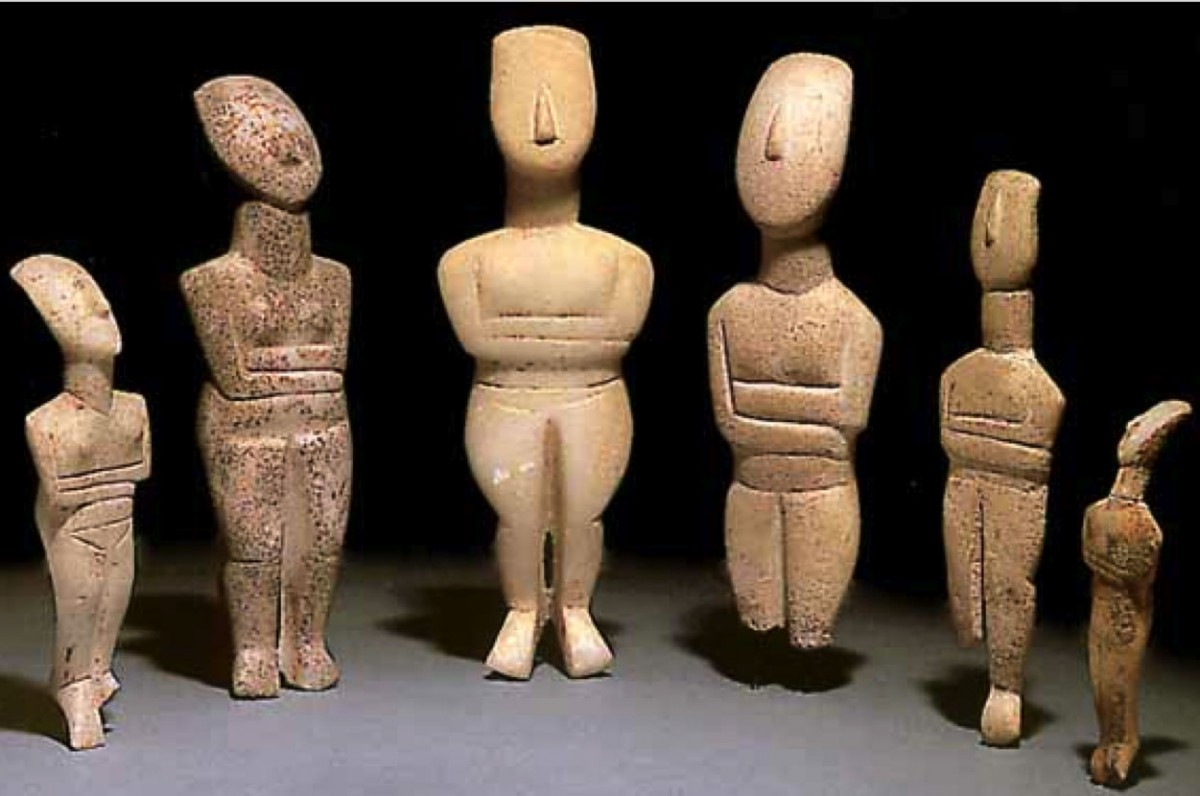 Group of Cycladic figurines of the Spedos Variety, c. 2500-2200 BCE (ECII), Bronze Age, Aegean, Cyclades.