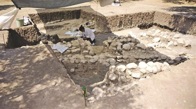 The tomb discovered at the site of the temple of Apollo in Smitheus.