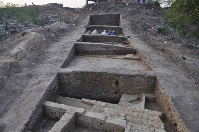 Excavation at the Harappan site at Rakhigarhi in Haryana. Photo Credit: Rakhigarhi Project/Deccan College, Pune.