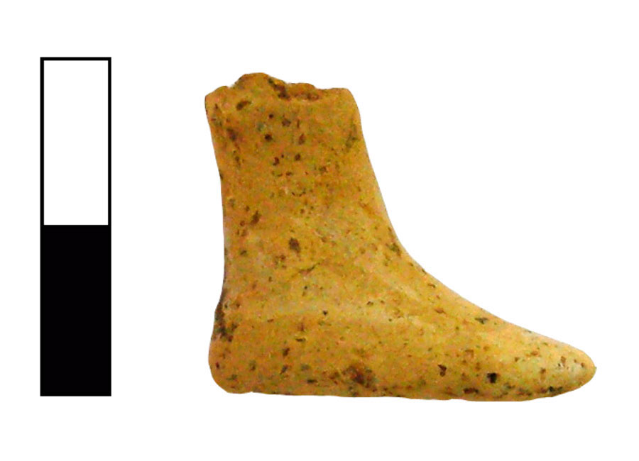 Fig. 13. Foot of a human figurine with painted black sandal on white skin. Vrysinas's Peak Sanctuary (C. Davaras, exc. 1972-73), SN 1041.