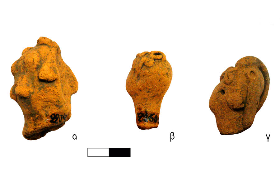 Fig. 8. Human figurine heads with curls. Vrysinas's Peak Sanctuary (C. Davaras, exc. 1972-73); α) shaved head with hair tufts, RMN 22042; β) head with a meandering curl cluster at the top, RMN 21602; γ) head with curl bangs and banded curls at the back, RMN 21912.