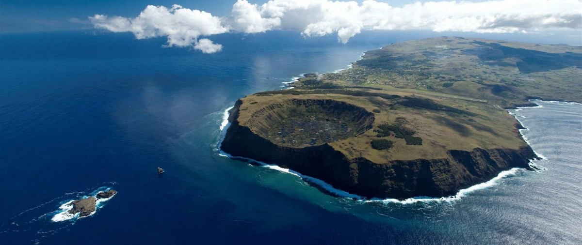 Long before the Europeans arrived on Easter Island in 1722, the native Polynesian culture known as Rapa Nui showed signs of demographic decline.