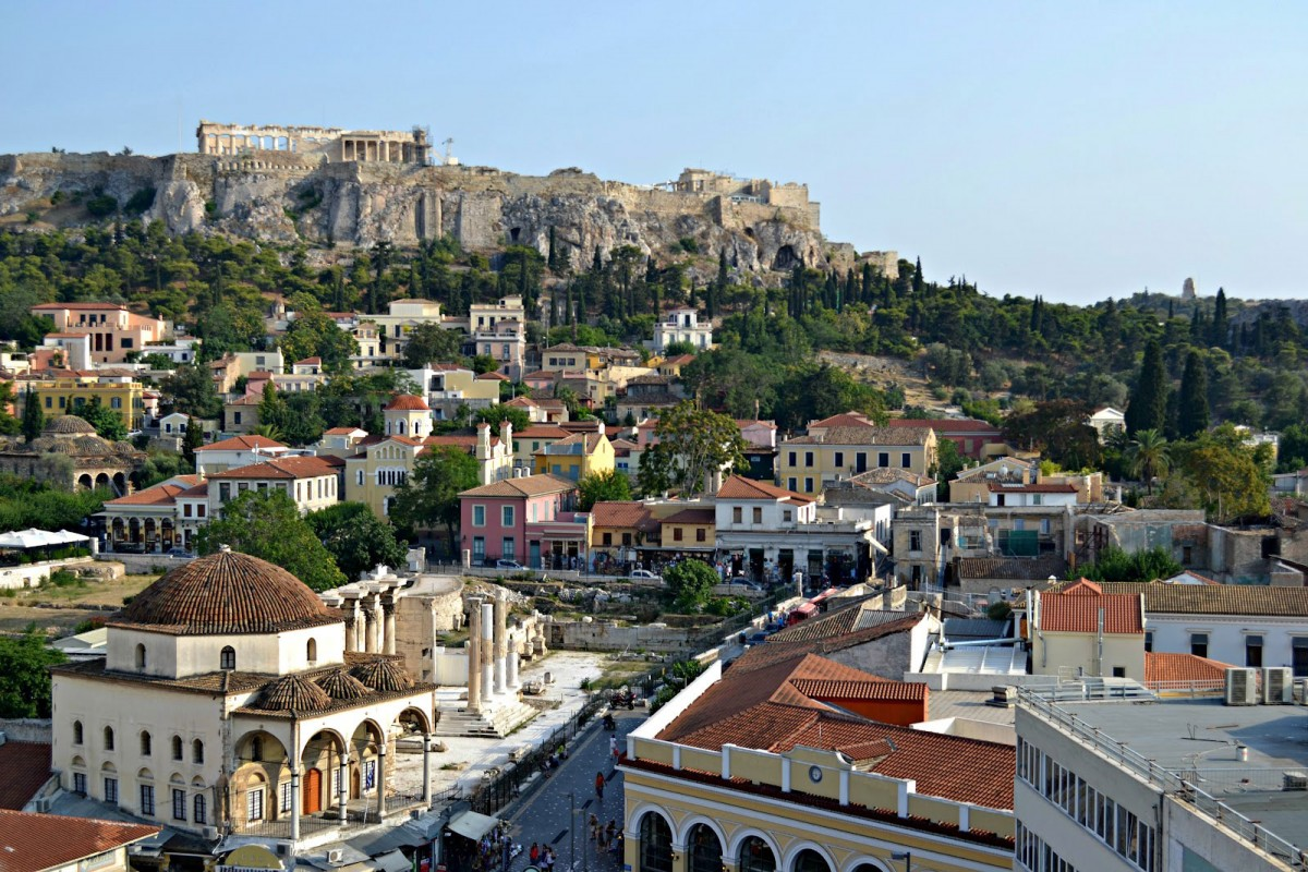 The old historical neighbourhood of Plaka and Acropolis (view from Monastiraki square).