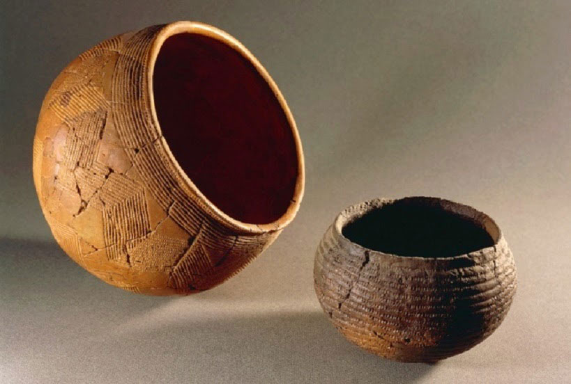 Ancient DNA in combination to corded ware artefacts, such as the ones shown in the picture, suggest that the Corded Ware group was related to the Yamnaya people who lived in present-day Russia. Photo Credit: DEA/G. Dagli Orti/De Agostini/Getty