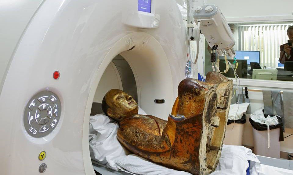 CT-scans of the statue have already been conducted twice. Jan van Esch / Meander Medisch Centrum